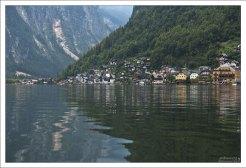 Озеро Hallstätter See сильно вытянуто в длину.