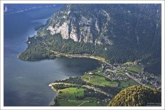 Само озеро Гальштаттзее пресное, но глубинные слои воды у него соленые.