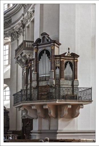 Один из пяти органов Зальцбургского собора.