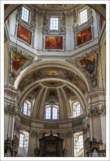 Внутри Зальцбургского собора.