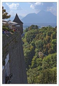 Крепостные стены Хоэнзальцбурга.