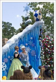 "Anna и Elsa из ""Frozen""."