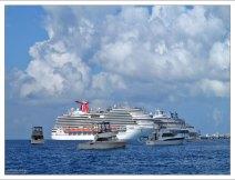 Cozumel - очень популярный порт среди круизных судов.