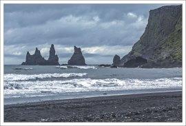 Вулканический пляж Рейнисфияра.