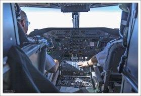 Кабина турбовинтового авиалайнера Dash 7.