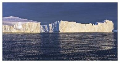 Надводная часть столового айсберга приблизительно в 7 раз меньше подводной.