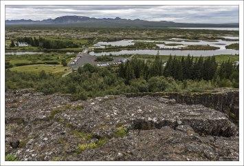 Начиная с 930 и до 1798 года, в долине Тингведлир собиралось исландское народное вече — альтинг.
