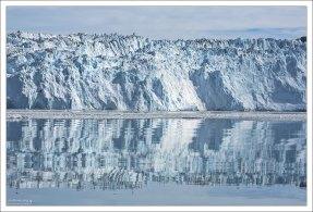 Ледник Эки - один из самых быстродвижущихся ледников Гренландии (до 3 метров в сутки).