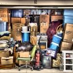 garaj-plin-de-vechituri-si-nimicuri