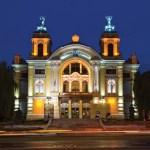 teatrul-national-cluj-noaptea