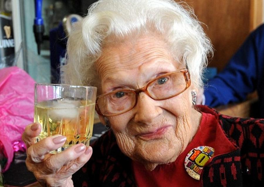 Care Este Secretul Pentru O Viata Lunga Si Sanatoasa? Poveţe De La Oameni Ce Au Atins Frumoasa Vârstă De 100 De Ani