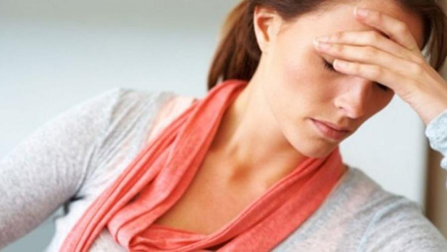 11 Semne Ca Treci Printr-o Dereglare Hormonala