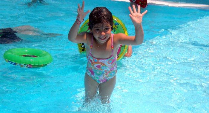 La Crèche in piscina