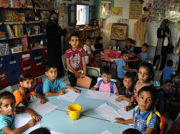 Gaza: i bambini sui banchi di scuola