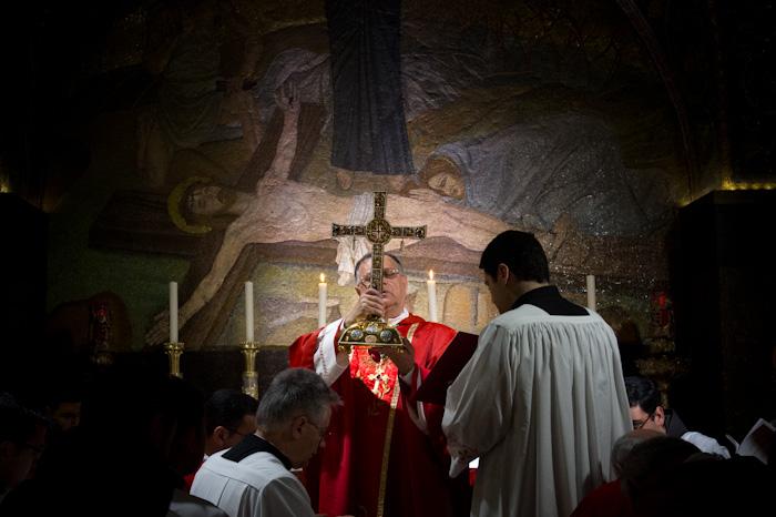 La liturgia del venerdì santo al Calvario