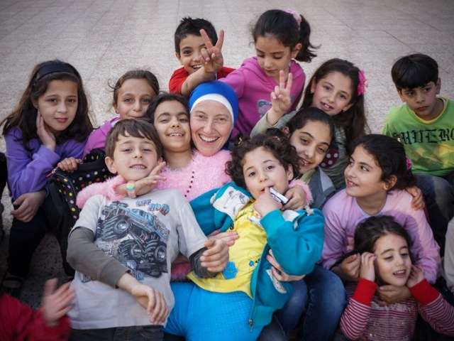 Gaza: bambini e notti bianche