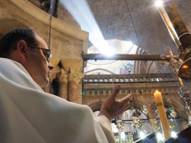 Veglia pasquale mattutina al Santo Sepolcro 2014