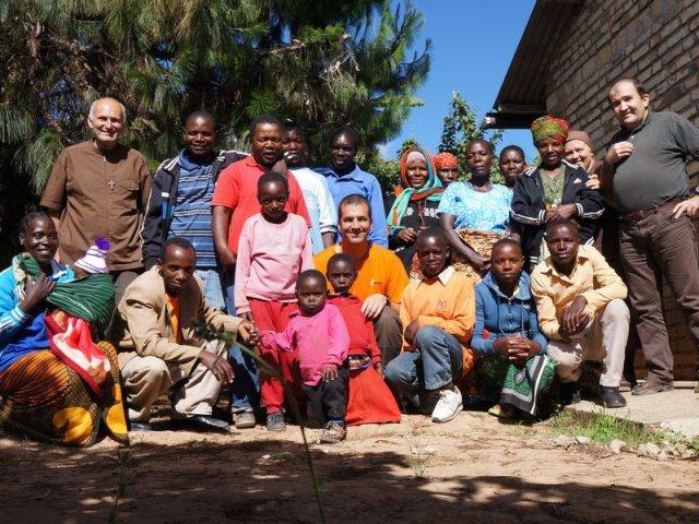 Familia za Maamkio riunite a Mapanda