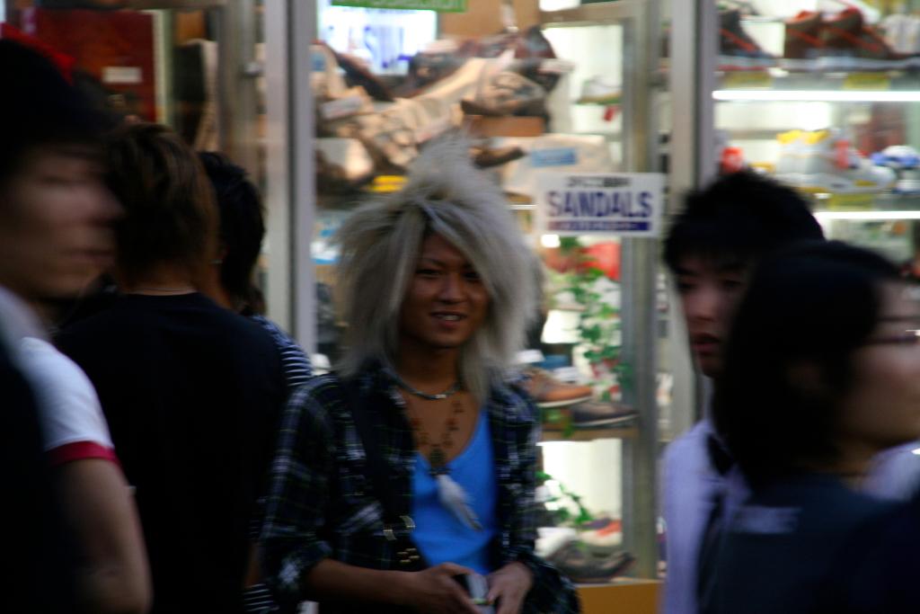 White hair ganguro