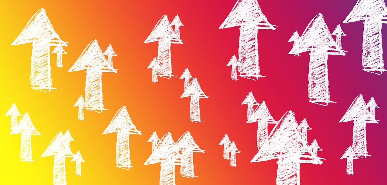 https://pixabay.com/en/arrows-growth-hacking-marketing-2128979/