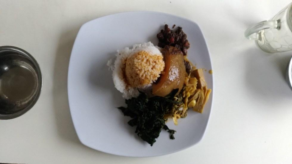 Masakan Padang Singgalang Jaya (Tubagus Ismail)