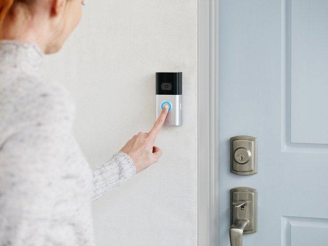 Ring Video Doorbell 3 Pressing Button