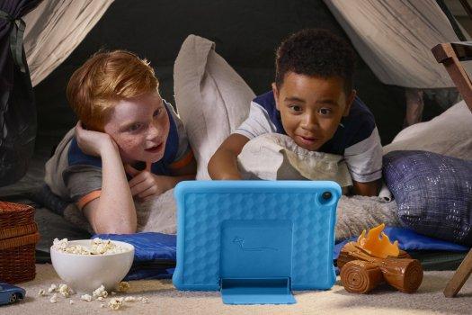 Amazon Fire Hd 10 Kids Edition 2019 Lifestyle