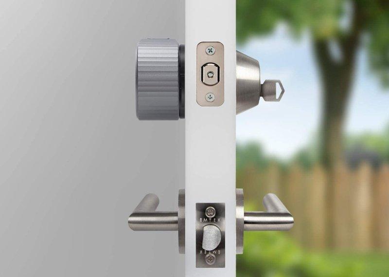August Wi Fi Smart Lock On Door