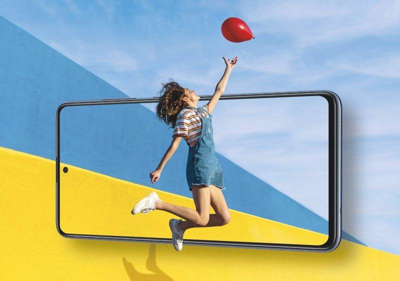 Samsung Galaxy A21 Lifestyle