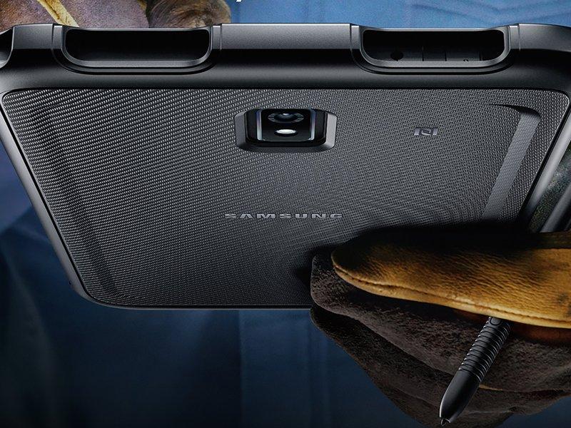 Samsung Galaxy Tab Active3 Lifestyle