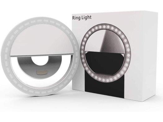 Auxiwa Clip On Selfie Light Ring Lifestyle