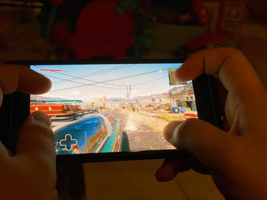 Cyberpunk 2077 Mobile Stadia Touchscreen Hand