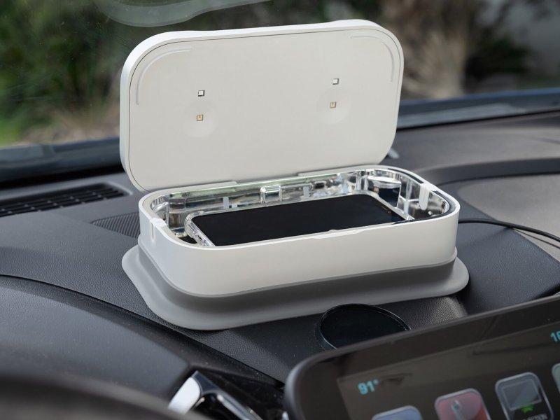 Utilimedic Uv8led In Car Phone Sanitizer Lifestyle