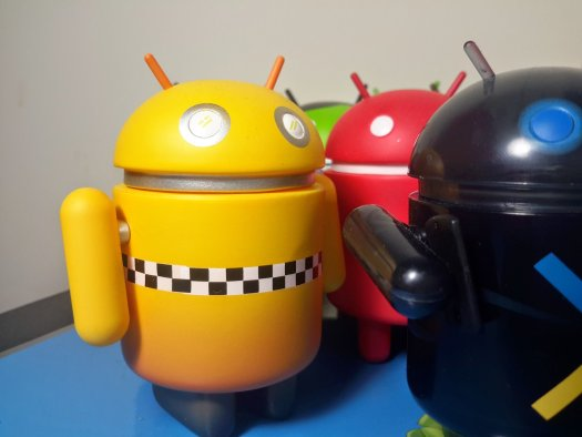 Wee little Android guys