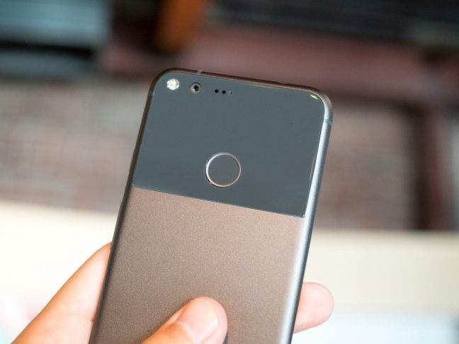 google-pixel-hardware-05 Google Pixel: A smaller flagship phone makes its triumphant return Android