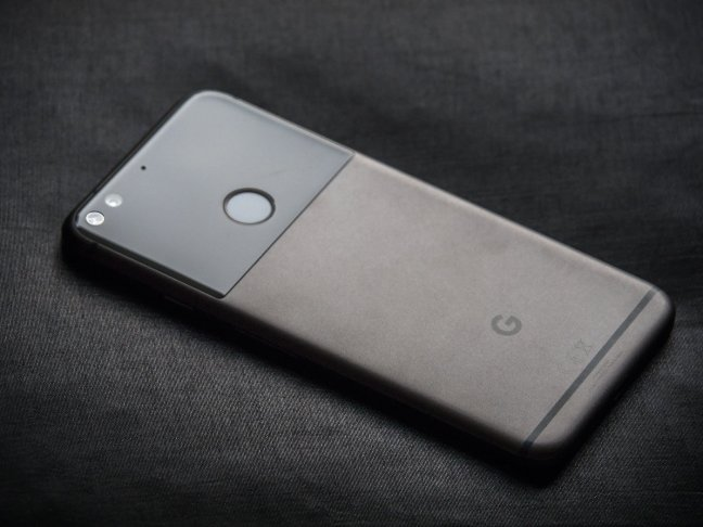 pixel-xl-2 Google Pixel + Pixel XL review Android