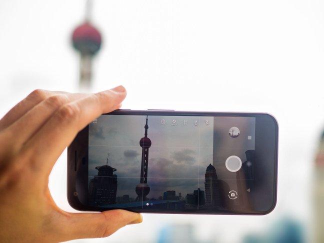 pixel-xl-review-1 Google Pixel + Pixel XL review Android