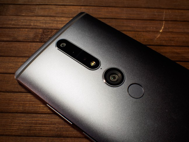 phab-2-pro-tango Moto Z may get a Google Tango Moto Mod in 2017 Android
