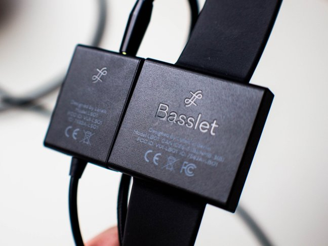 lofelt-basslet-3760 Lofelt Basslet assessment: An expensive and fun way to feel the music Android