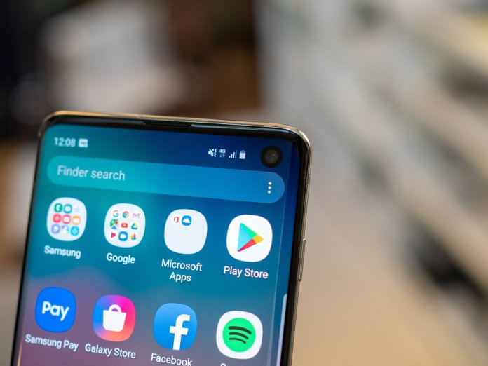 Samsung's model of Android 10 will beef up its face unlock safety
