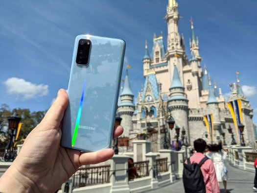 Galaxy S20 is a phone that's perfect for the parks