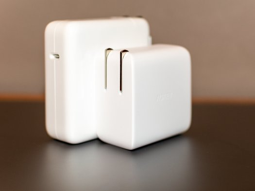Aukey Ac Adapter Vs Mbp Ac Adapter
