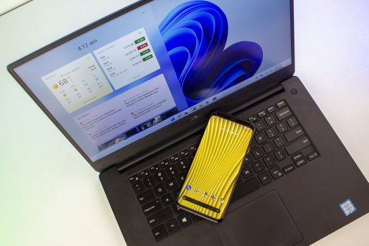 Windows 11 Android Laptop