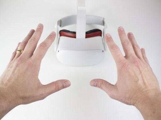 Oculus Quest 2 Hand Tracking Reach