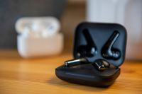 OnePlus Buds Pro review: Floating on AirPods
