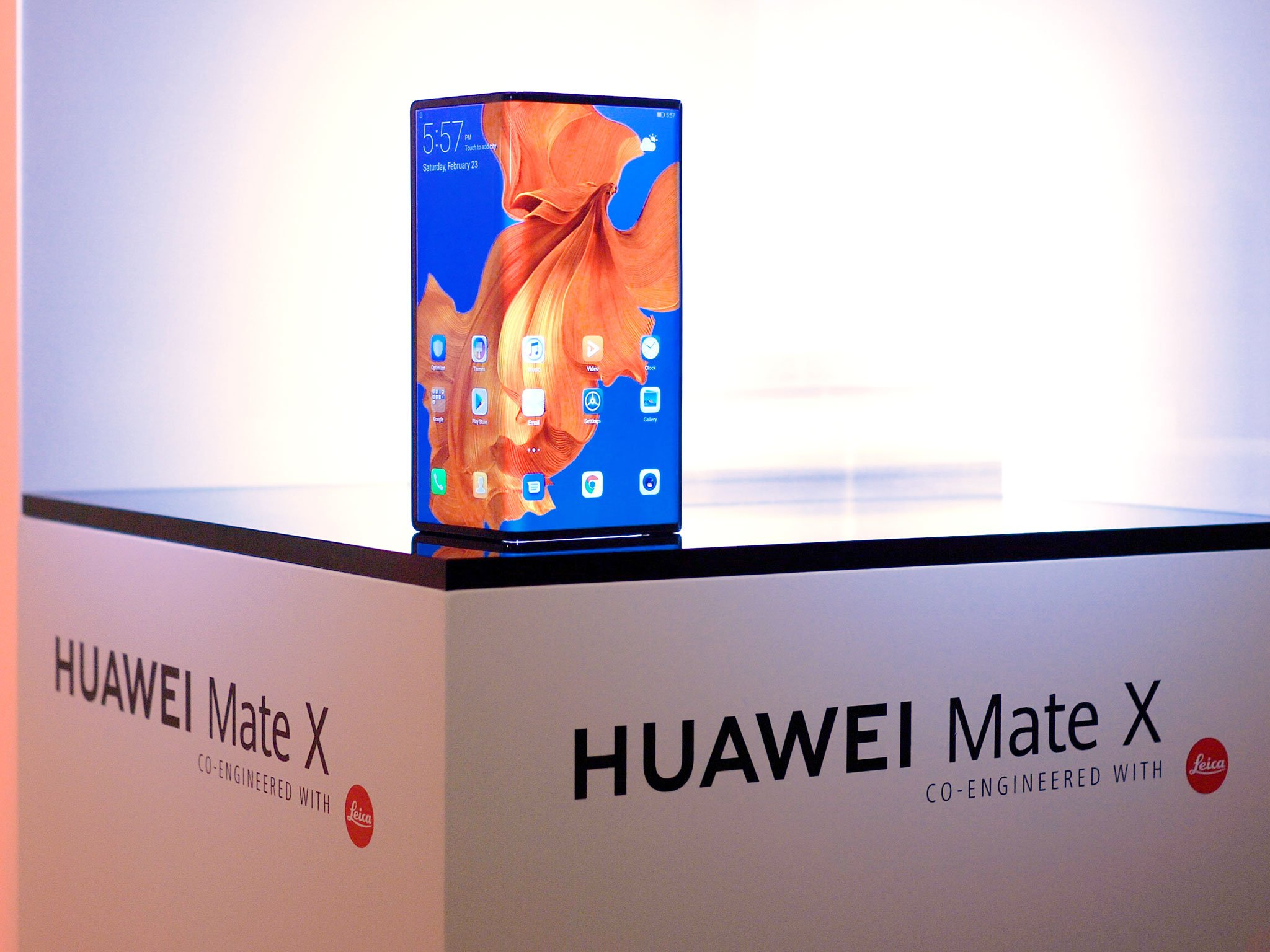 Huawei MateX Comes Out Without Google Apps-Telugu Business News