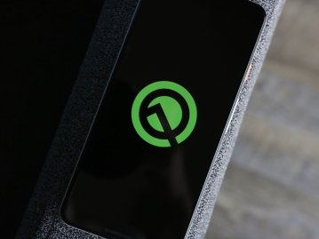 android q logo hero 2