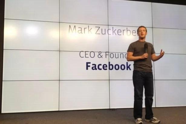 """Facebook """"Beğenmedim"""" Butonuna Karşı"""