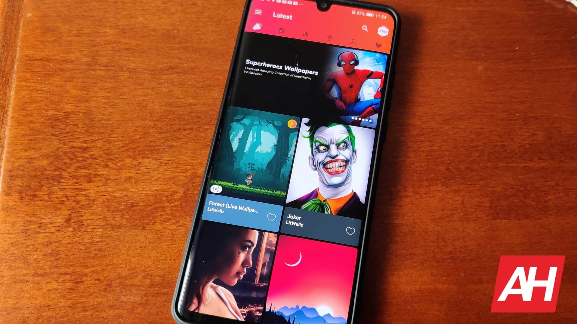 Top 9 Best Wallpaper Android Apps 2020