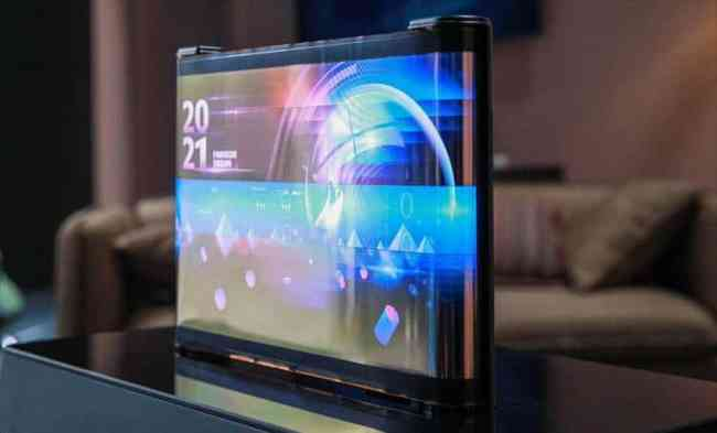 TCL CSOT CES 2021 Scrollable OLED Screen 2